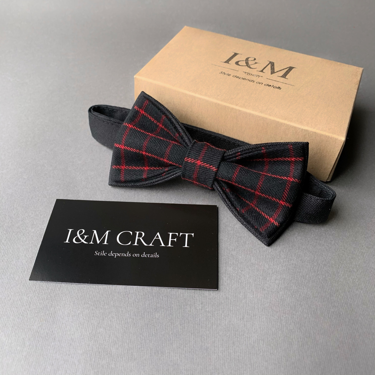Краватка-метелик I&M Craft чорний в червону клітку (010431)