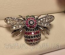 Серебряная брошь с розовым цирконом Шмель