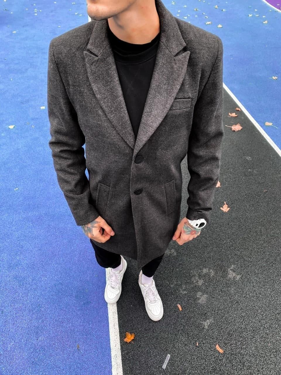 Пальто мужское темно-серое  с бортами