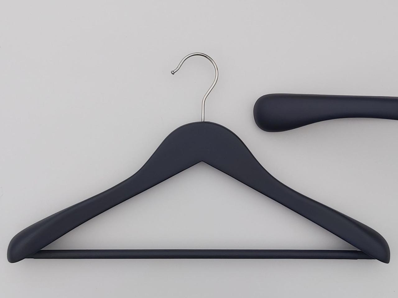 Плечики длиной 43 см вешалки деревянные широкие черно-синего цвета с антискользящей перекладиной