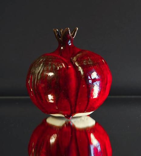 Декоративная ваза Гранат