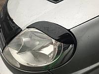 Nissan Primastar 2002-2014 гг. Реснички Fly-Style Черный мат