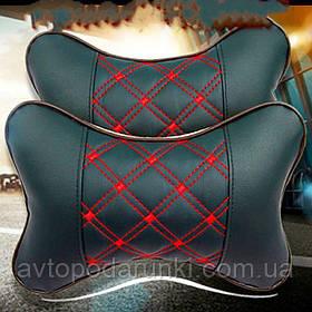 Подушка на подголовник в автомобиль (эко-кожа,  черная с красной ниткой)