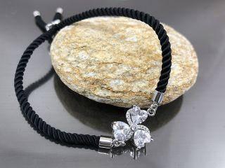 Браслет Цветок на 3 лепестка на черном шнурке