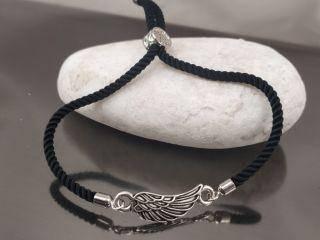 Браслет Крыло орла на черном шнурке, цвет серебро