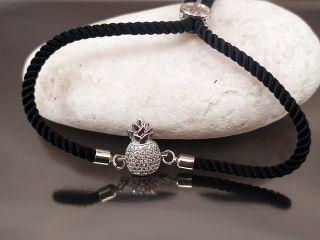 Браслет Ананас з цирконами на чорному шнурку, колір платина
