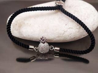 Браслет Ананас с цирконами на черном шнурке, цвет платина