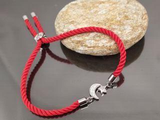Браслет Луна и Звезда на красном шнурке, цвет платина