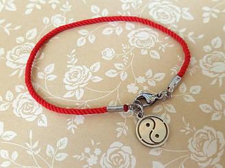 Защитный шелковый красный браслет Инь-Ян