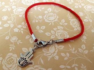 Защитный шелковый красный браслет Хамса и Лотос