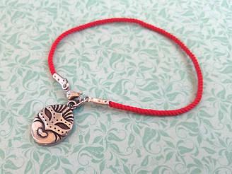 Маска - красный защитный шелковый браслет