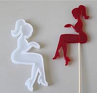 Молд силиконовый кондитерский для шоколада изомальта мастики девушка сидит попрошайка без цифр