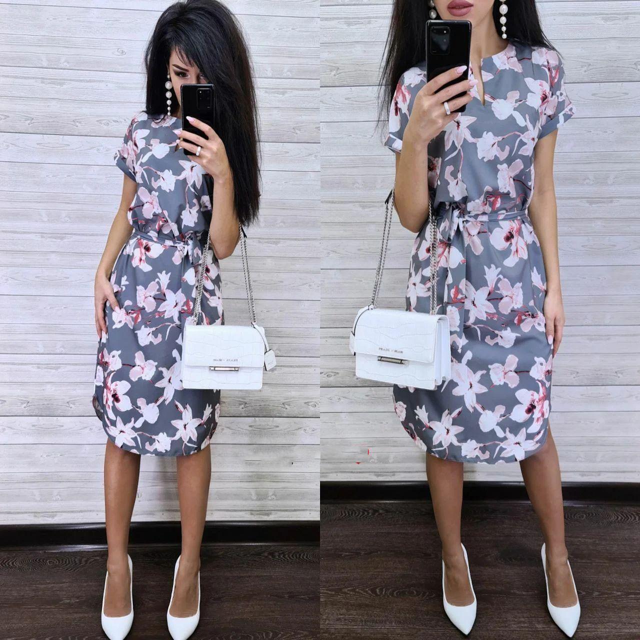 Стильное летнее платье из софта с поясом и коротким рукавом