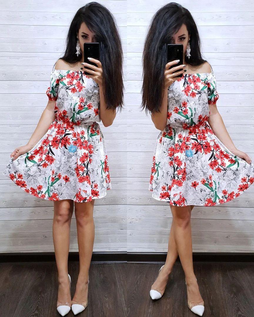 Платье летнее с талией на резинке с открытыми плечами