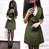 Платье пиджак на запах костюмка с карманами и декольте, фото 4