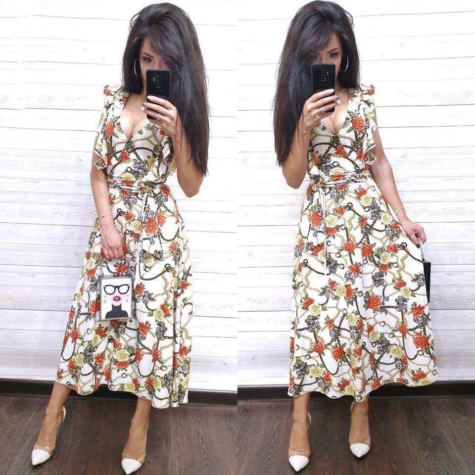 Платье летнее свободное с декольте цветочный принт