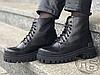 Женские ботинки Balenciaga Strike Lace-Up Boot Black 589338WA9601000 (матовые), фото 3