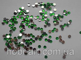 Стрази 5 мм, 4г (200шт.+/-5%) № 01 зелені
