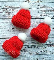 Міні шапочка, 4см. червона з бубоном
