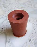 Пробка резиновая ø 25-32мм для гидрозатвора на бутыль с отверстием ø 9мм под гидрозатвор