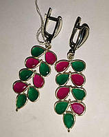 Яркие серебряные серьги с изумрудами и рубинами, фото 1