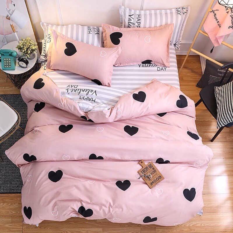 Красивое и качественное  постельное белье евро размер, сердечки