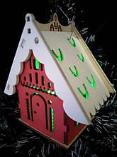 Новогодние декоративные украшения Домик светящийся с LED свечой