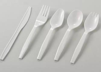 Пластиковые столовые приборы