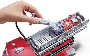 Ігровий набір з мультфільму Тачки 3 (Disney Pixar Cars Splash Red Color Change Lightning McQueen) від Mattel, фото 3