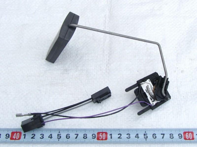 Датчик уровня топлива ДУТ-11 ВАЗ 2110, 2111, 2112, Приора 2170-2171-2172 с двигателем 1.6,  (Датчик бензобака)