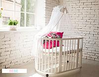 Круглая кроватка белая с матрасиками и маятником