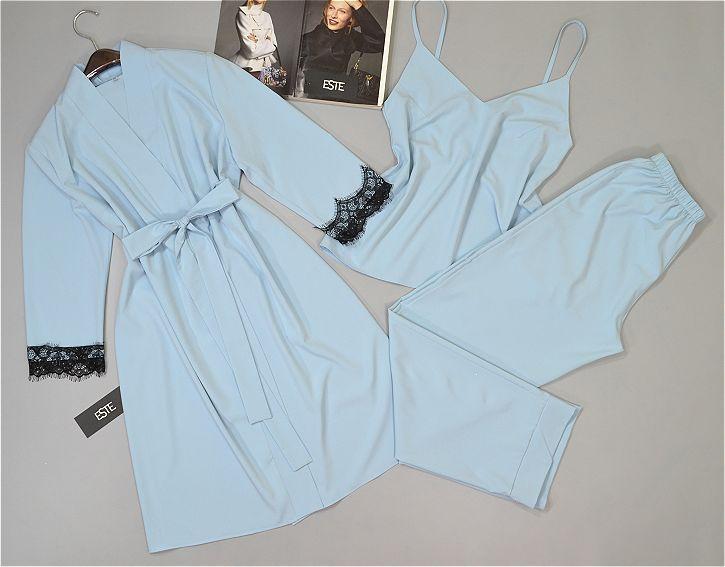Женский комплект халат и пижама ( майка+штаны) голубой.