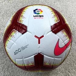 Футбольный мяч Ла Лига бело-бордовый реплика