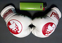 Подвеска боксерские перчатки Pitbull белые с красным