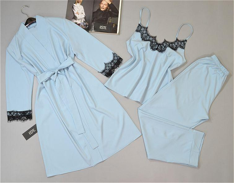 Комплект с кружевом халат и пижама ( майка+штаны) голубой.
