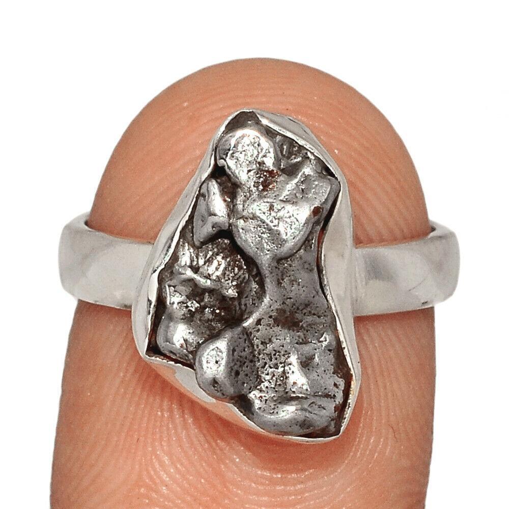 Серебряное кольцо с метеоритом Кампо-дель-Сьело, 2541КЦМ