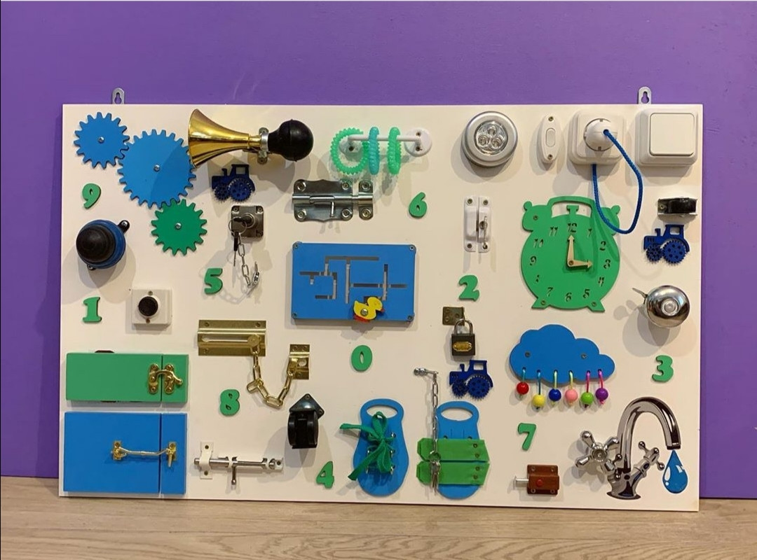 """""""Бизиборд""""  доска для развития малышей busy board 50*80 см"""