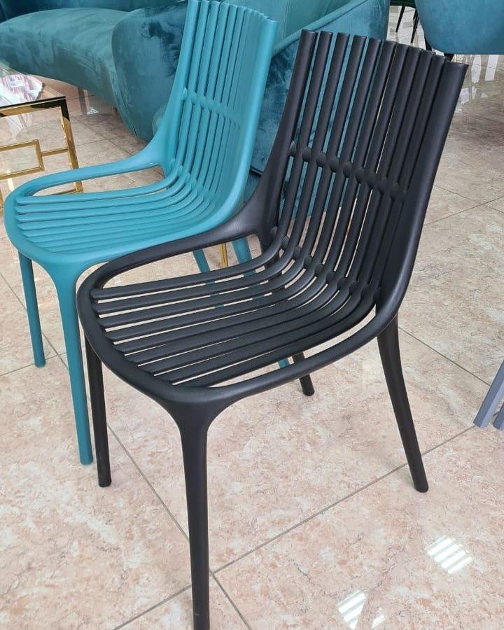Стілець P-06 чорний монопластик від Vetro Mebel, стілець для кафе