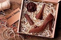 Шоколадный набор Ковальня шоколаду Лак, помада, роза, туфелька 80% 197 г (000154К)