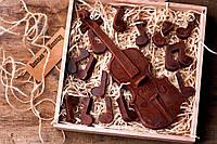 Шоколадный набор Ковальня шоколаду Скрипка и ноты 80% 288 г (000151К)