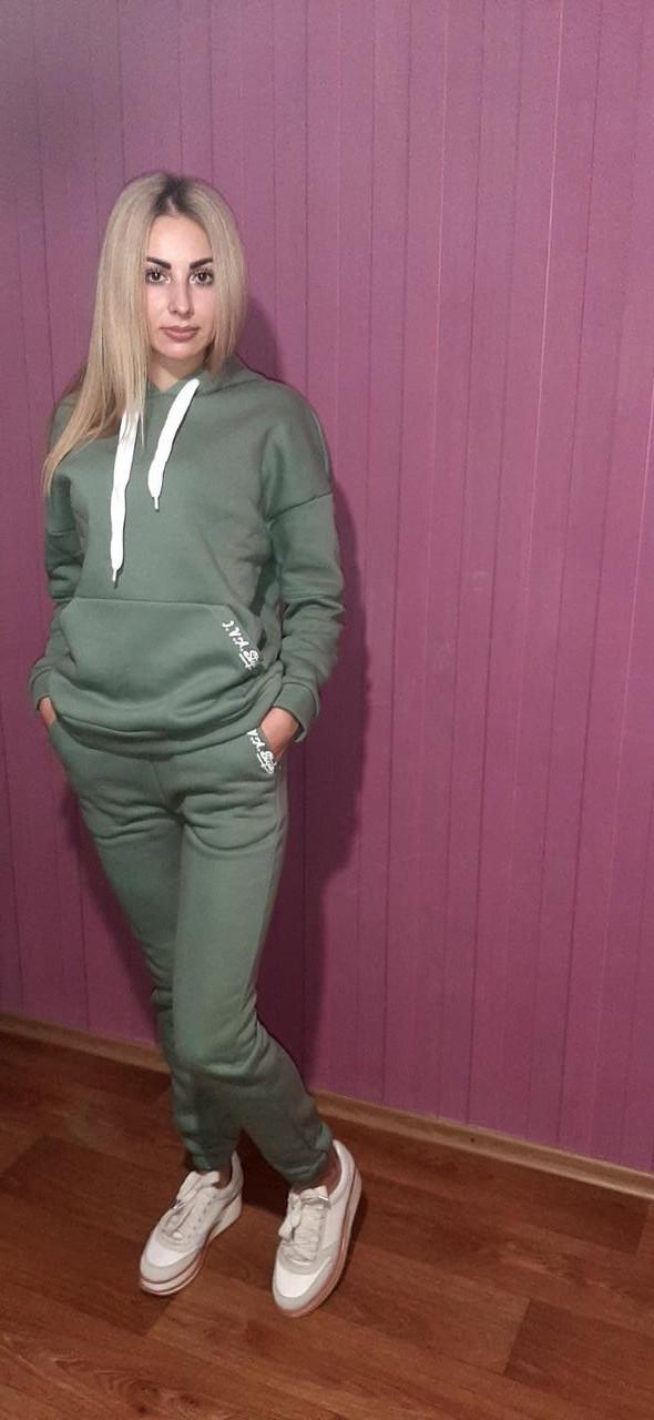 Теплый женский спортивный костюм/цвет оливковый