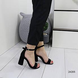 Женские босоножки черные 24205