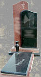 Памятники з чорного та червоного каміння, фото 3
