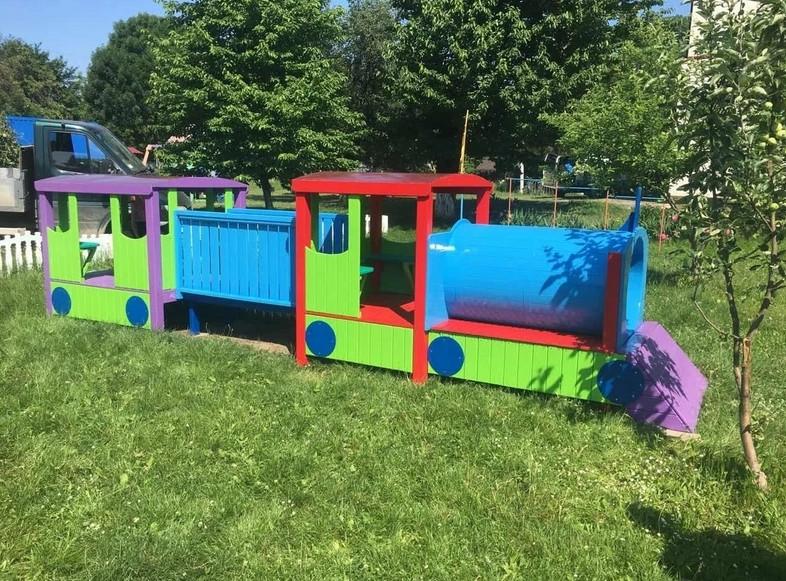 Дитячий Паровоз з вагонами