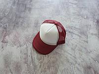 Бордовая кепка тракер с белой лобной частью, фото 1