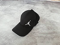 Черная кепка сендвич Jordan на резинке