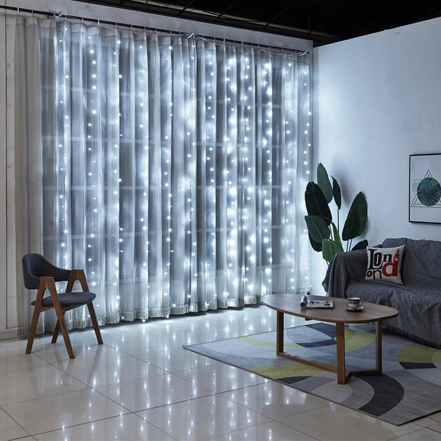 Декоративная гирлянда штора 3*3 метра 300 led 220v холодный белый