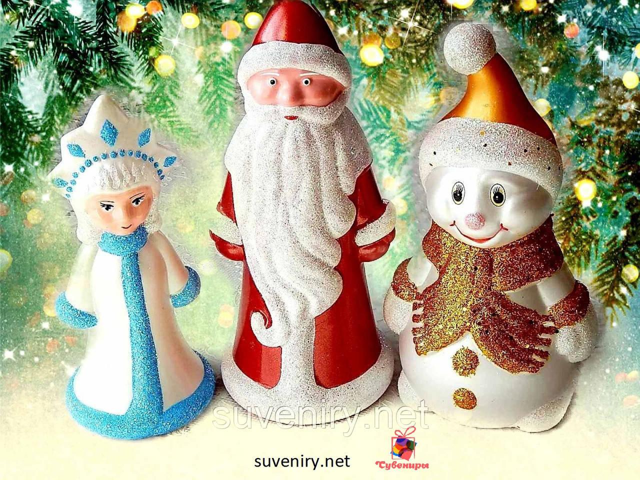 Красивый новогодний набор игрушек