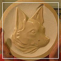 Пам'ятник з мармуру улюбленій собачці