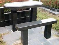 Столы, лавки и оградки из натурального камня